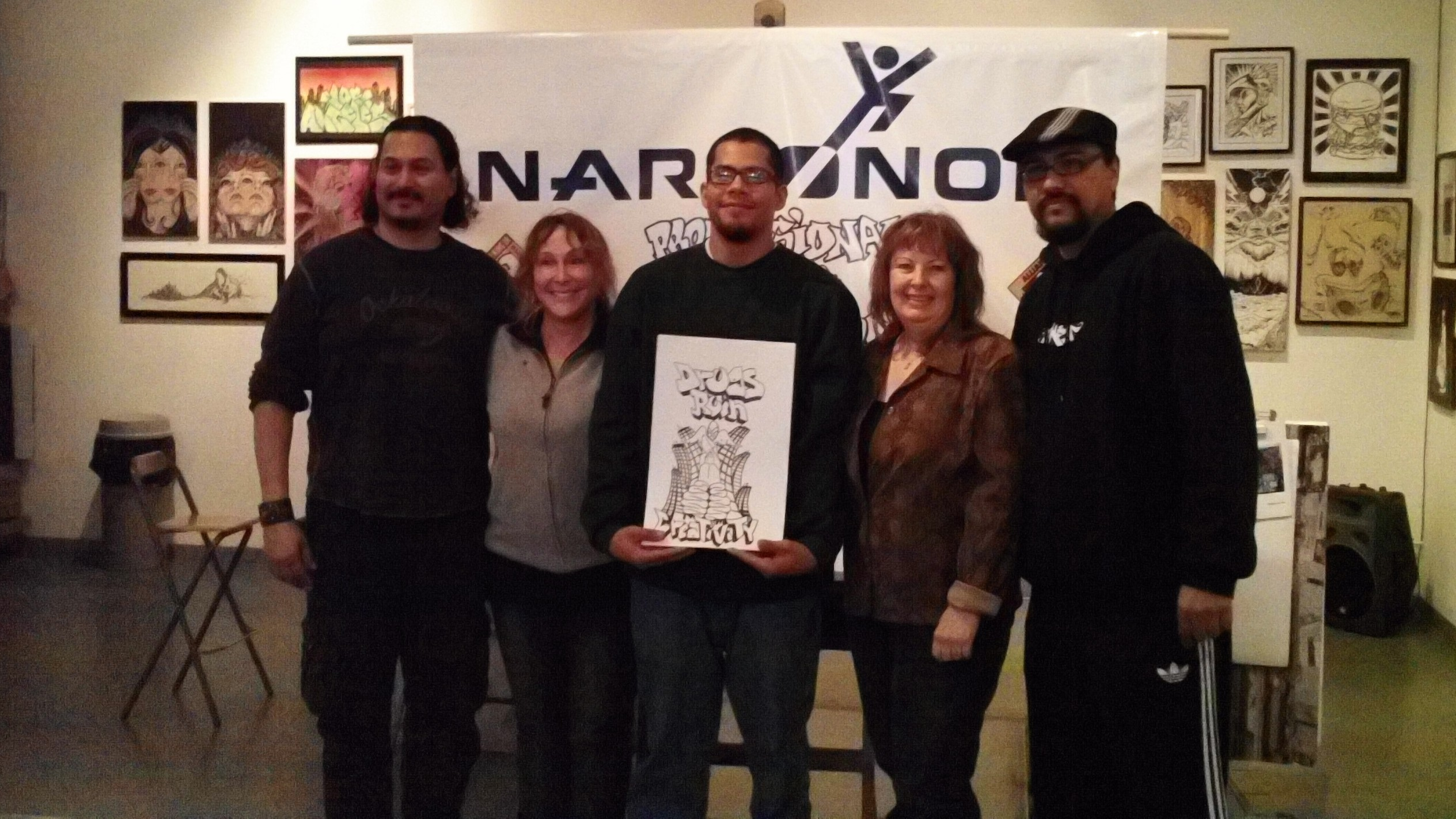 (from left) judges, Gino Montesinos, writer actor, Heidi Lemmon, President National Skateboard Association, Graff Battle Winner, Tony Anguiano, Exec Dir., Narconon Professional Drug Prevention, Teddy Chambers, judge and owner Crewest Gallery, Man One